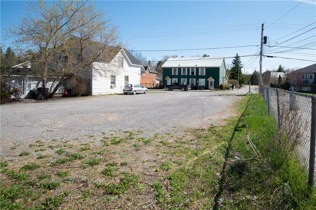 Real Estate -   00 FARM STREET, Almonte, Ontario -
